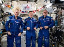 """بازگشت فضانوردان ماموریت """"اکسپدیشن۶۴"""" به زمین"""