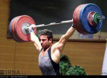 رستمی مدال طلای وزنهبرداری آسیا را به گردن آویخت