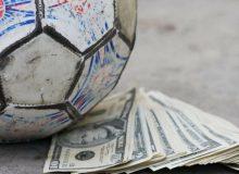 کشتی فدراسیون فوتبال در یک قدمی کوه بدهی/ اگر فیفا پول ندهد، چه میشود؟