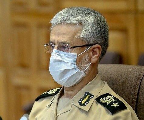 امیر دریادار سیاری خبرداد: آمادگی ارتش برای احداث بیمارستان صحرایی در سراسر کشور