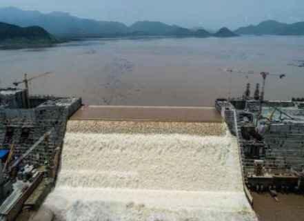 برای تکمیل سد آبسرده ۴۰۰ میلیارد نیاز است