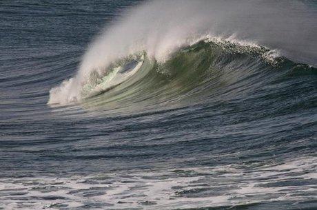 هشدار هواشناسی نسبت به افزایش ارتفاع موج تا ۳ متر