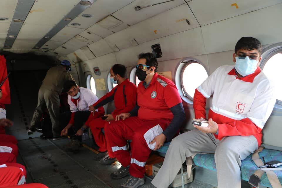 ۱۴ تیم هلال احمر در عملیات جستجوی مفقودین سیلاب گلباف حضور داشتند
