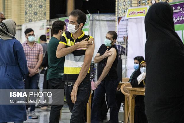 شتاب واکسیناسیون در خوزستان در آستانه پیک پاییزه کرونا